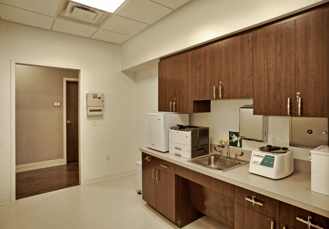 Bon-Secours-Freedom-Center-Medical-Sterilization-Lab