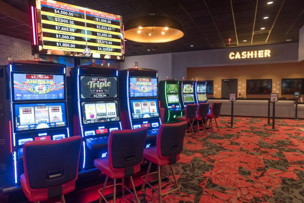 Rosies-Gaming-Emporium-Vinton-Cashier