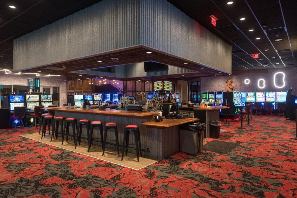 Rosies-Gaming-Emporium-Vinton-Bar