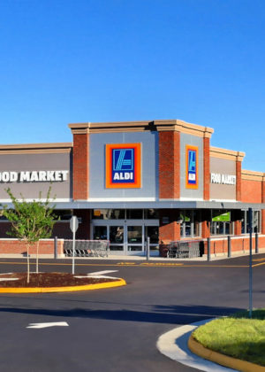 Aldi-Newport-News-Exterior