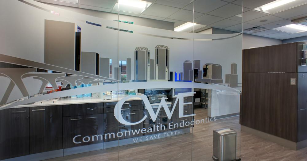 commonwealth-endo-logo-glass